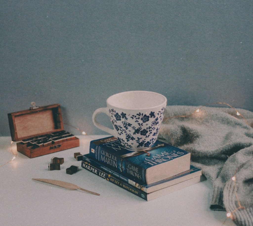 books and coffee reading goals